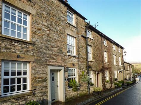 Cottages In Kirkby Lonsdale by Weavers Cottage In Kirkby Lonsdale This Three Storey