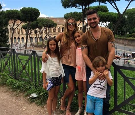 imagenes vacaciones en roma juanes y su familia de vacaciones en roma noticias