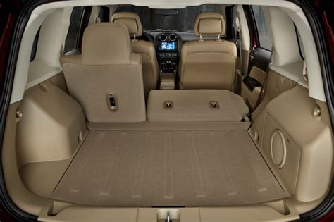 Jeep Cargo Space Jeep Wrangler Unlimited Interior Cargo Car Interior Design