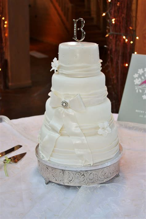 Wedding Cake Simple Recipe by Simple Vintage Wedding Cake Cakecentral