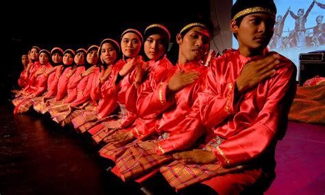 tutorial make up untuk tari saman up 5 tarian indonesia ini buktikan budaya kita bisa go