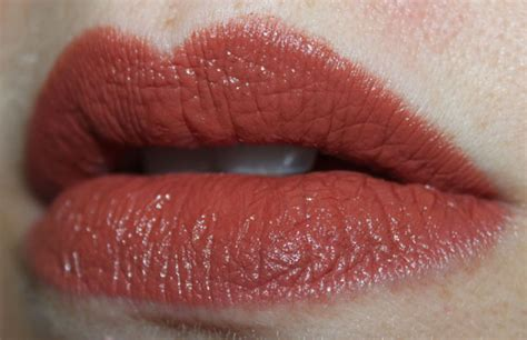 N Megalast Sand n megalast lipcolor swatches photos review vy varnish