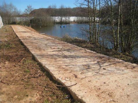 Concrete Railway Sleepers Uk by Blue Trading Concrete Sleepers Motorway Barriers