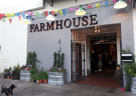 Farmhouse Kitchen Thai by Farmhouse Kitchen Thai Thai Classics And Food