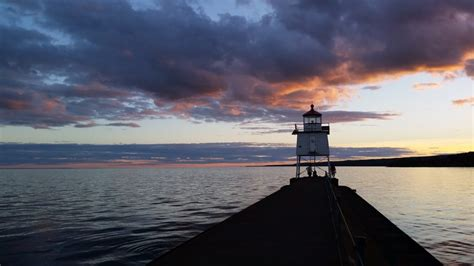 boat tours duluth mn duluth sailing charters lake superior sailboat trips