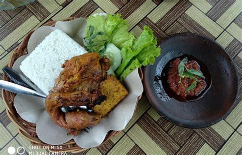 Ayam Panggang Malang kuliner ayam bakar oyot kuliner khas desa tulungrejo ini kaya akan rempah rempah malang times