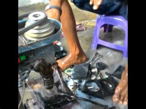 Giok Proses proses pembuatan gelang giok aceh