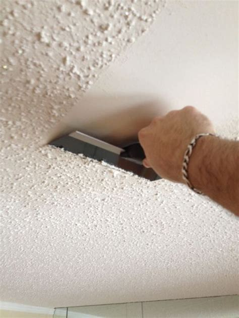Remove Popcorn Ceiling Diy by How To Remove Popcorn Ceiling