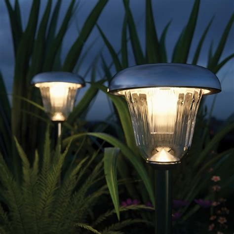 Tunbridge Deluxe Solar Garden Lights Set Of 2 Solar Garden Solar Lights