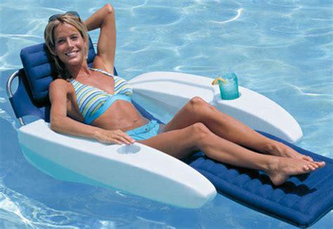 fauteuil gonflable pour piscine linkzat fauteuils gonflables pour la piscine vive le farniente linkzat