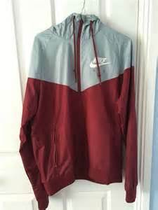H Jaket List Maroon nike air windrunner jacket maroon grey mens size