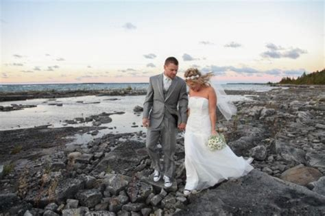rob & ashley's tobermory wedding | blog