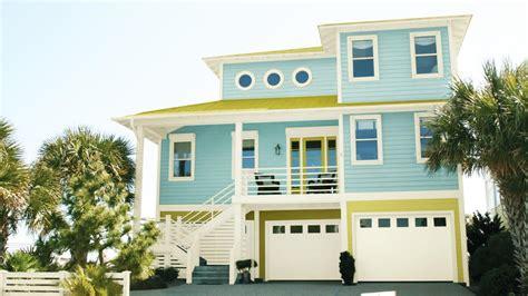 hottest exterior paint colors   consumer reports