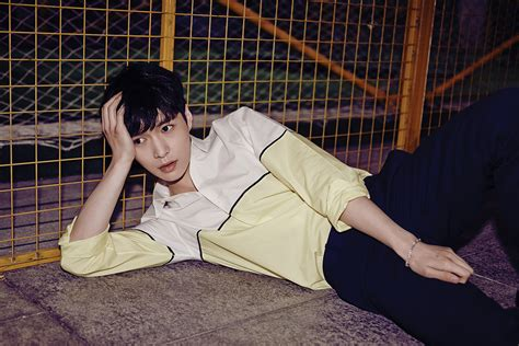 exo love me right exo release individual quot love me right quot teaser photos sbs