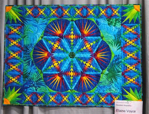 Quilt Show Themes by Pineapples At The 2012 Quilt Show Des Moines Area Quilter S Guild