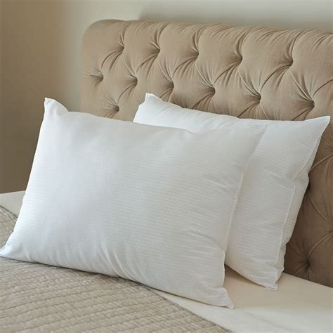 How To Keep Pillows Fluffy by Home Living Archives Page 2 Of 4 Hammacher Schlemmer