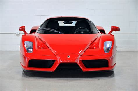Super Cars Ferrari Enzo Vs Ferrari Laferrari