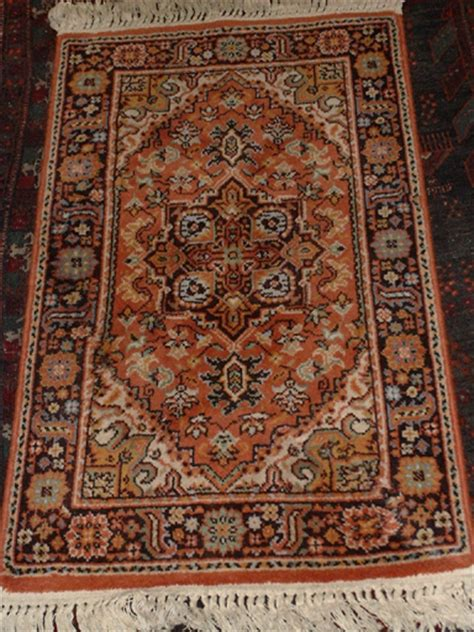 Persian Rug Identification Roselawnlutheran Identifying Rugs