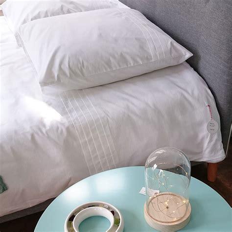 laver ses oreillers laver un oreiller 224 m 233 moire de forme nos conseils but