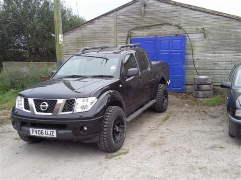 Nissan Navara Modified Wallpaper 1024x768 20159