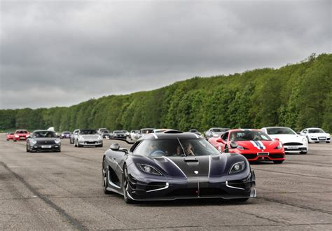 koenigsegg one 1 top speed koenigsegg one 1 reviews specs prices photos and