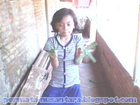 Mainan Kitiran Baling Baling Uvo kitiran daun kelapa baling baling permainan tadisional