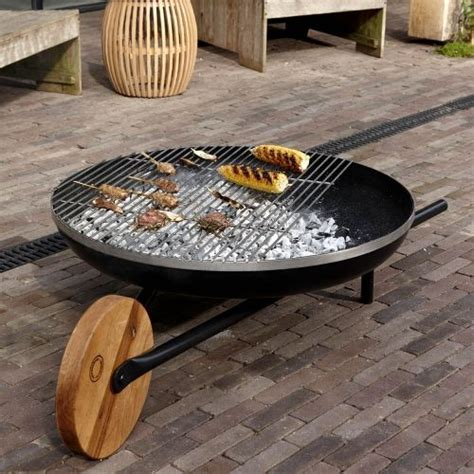 abri de jardin avec pergola 834 1000 id 233 es 224 propos de brasero barbecue sur