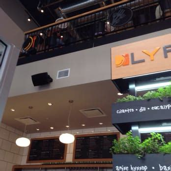 lyfe kitchen nyc lyfe kitchen closed 141 photos 129 reviews american new 248 w 55th st midtown west