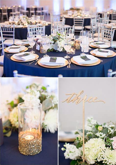 tischdeko navy gold and navy wedding someday feier hochzeitsdeko