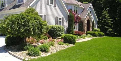 Landscape Ideas Between Houses This House Landscaping Is So Welcoming My Is