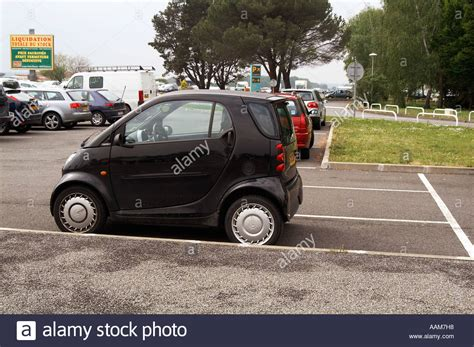 funny small cars smart car small parking space city efficient tiny