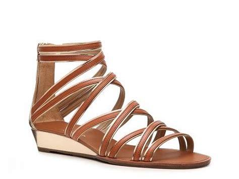 dsw black sandals black platform sandals dsw gladiator sandals