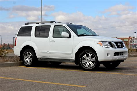 2011 Nissan Pathfinder Iii Pictures Information And