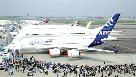 airbus a380 seating capacity supersizing the superjumbo airbus says 1 000 seat a380