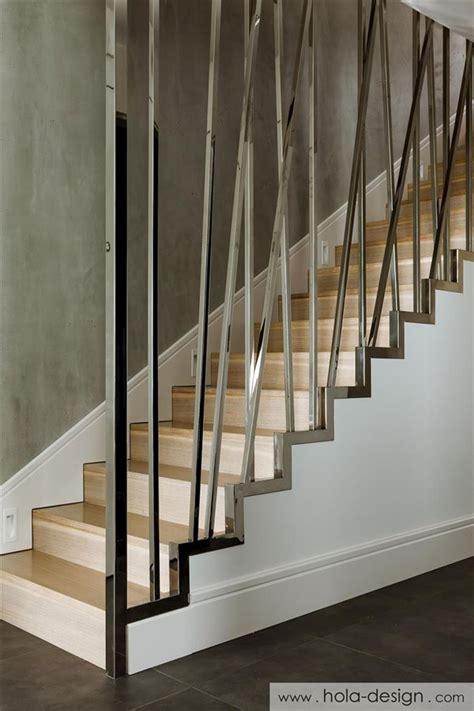 Modern Banisters And Handrails by Nowoczesne Schody Z Oryginaln艱 Balustrad艱 Architektura