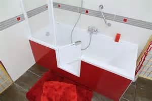 badewanne spanisch die badewanne mit t 252 r die immer passt variodoor 174