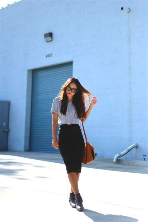 what should i wear with a black pencil skirt quora