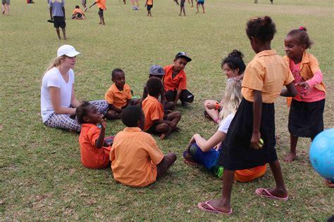 Saint Kentigern :: College Building a House in Vanuatu