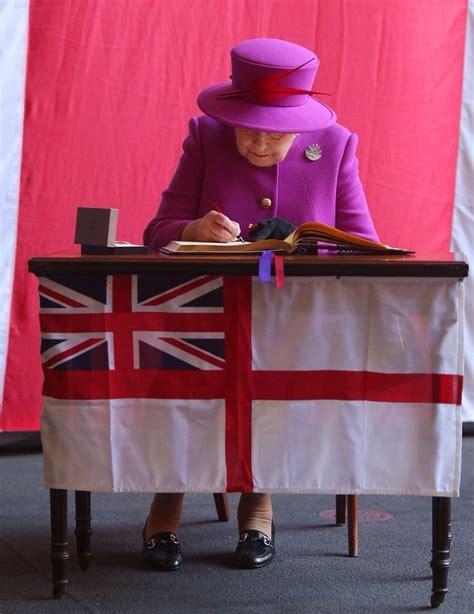 queen elizabeth ii house 2098 best 1the royals queen elizabeth images on pinterest