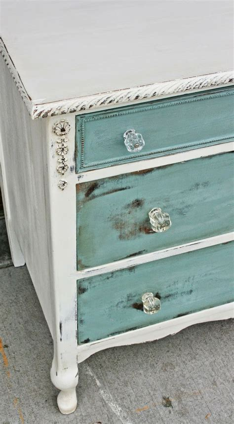 How To Age A Dresser by Best 20 Dresser Knobs Ideas On Knobs For