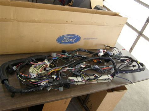 Nos Oem Ford 1993 Large Truck Under Dash Wiring Harness