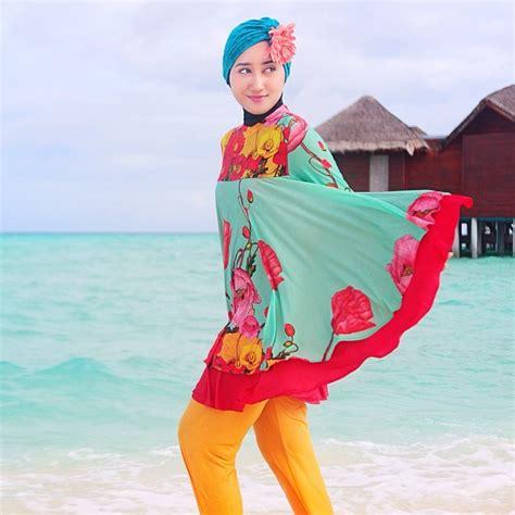 tutorial turban renang tetap syar i saat berenang dengan tutorial hijab untuk