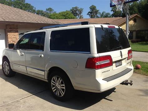 2007 lincoln navigator for sale by owner in loveland co 80539 buy used 2007 lincoln navigator suv white 20 quot chrome wheels one owner warranty no smoking in