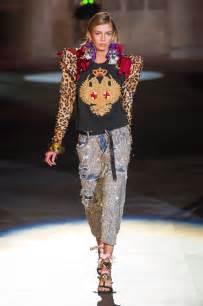 stella maxwell at dsquared2 spring summer 2017 fashion