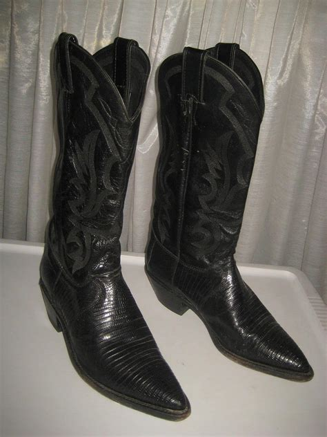 used cowboy boots used justin women s cowboy boots black lizard leather 8
