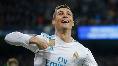 ronaldo juventus announcement football news cristiano ronaldo deal with juventus set to be announced within 48 hours real