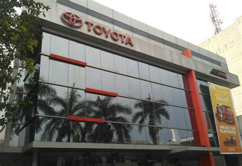 dealer auto asia afrika bandung siap berikan pelayanan