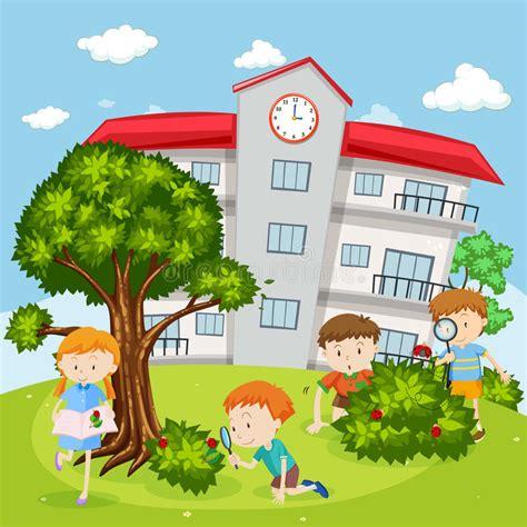 Clipart Bambini Giocano Bambini Giocano Nel Cortile Della Scuola Illustrazione