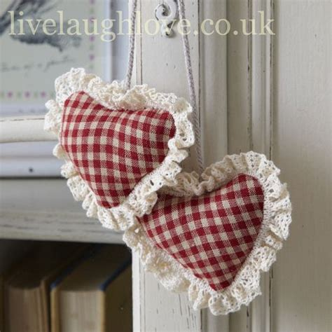 Shabby Chic Country 3722 by 25 Unique Hanging Hearts Ideas On Fabric