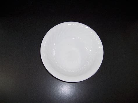 corelle white swirl pattern 4 corelle enhancements white swirl soup cereal bowls